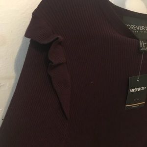 FOREVER 21 | Plus | Knit Maroon Blouse with Ruffle